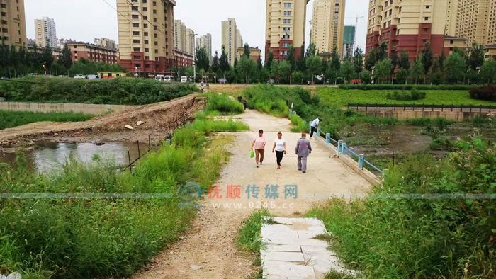 好消息!顺城区鲍家河老旧人行桥将在近期开工重建