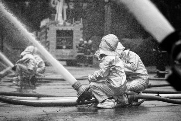 场面震撼!抚顺举办石油化工火灾应急救援实战演练