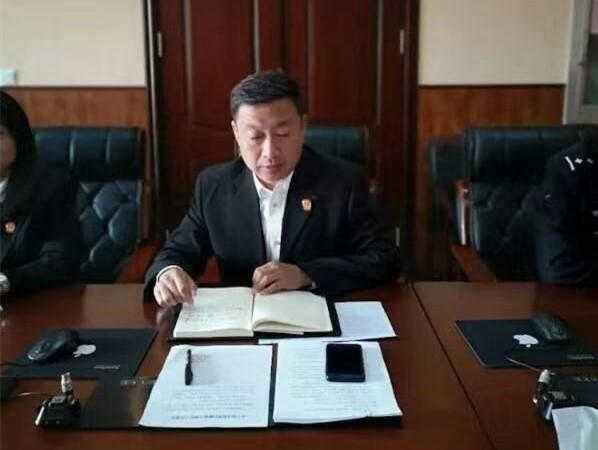 新抚区法院的罗跃辉受全国妇联表彰啦 点开看看因为啥