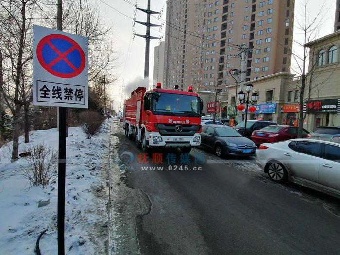 """东洲区""""亮剑""""挤占消防通道行为 先从这个小区着手"""