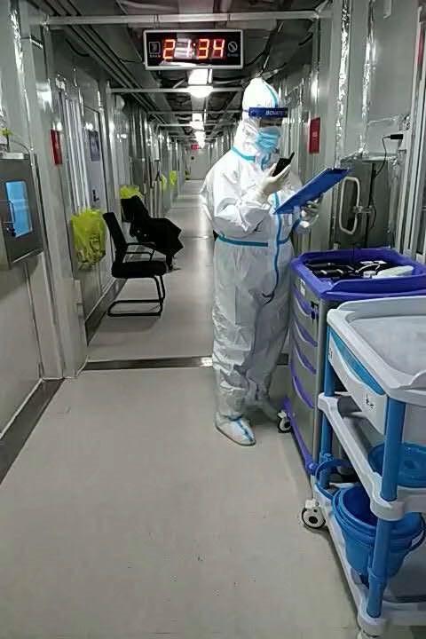 再传捷报!雷神山上又有两名患者治愈出院