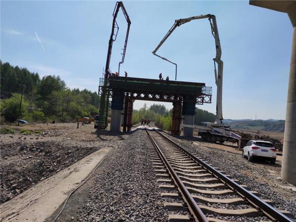 因为这儿施工 沈吉铁路封锁3小时  瓦北线省道封锁24小时
