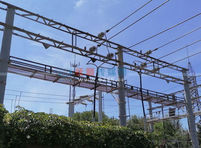 抚顺持续高温 供电公司加强设备巡视保电力供应
