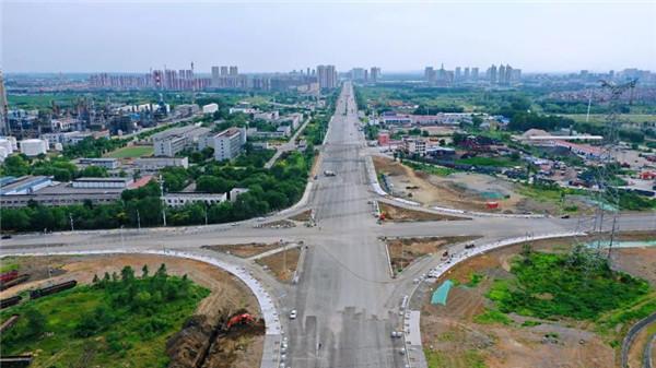 三宝屯立交桥预计今年10月竣工通车