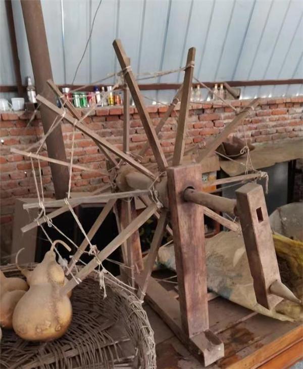 """东洲区有个""""怀旧人家"""" 收集了2300多个老物件"""