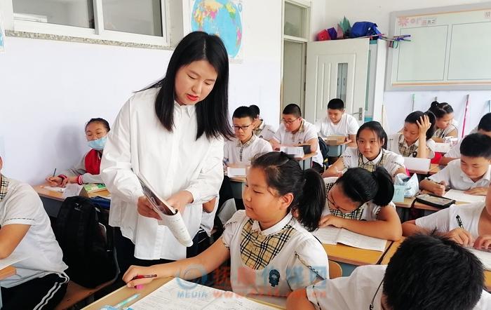 """抚顺唯一!26中教师王越家庭获评省""""教育世家"""""""